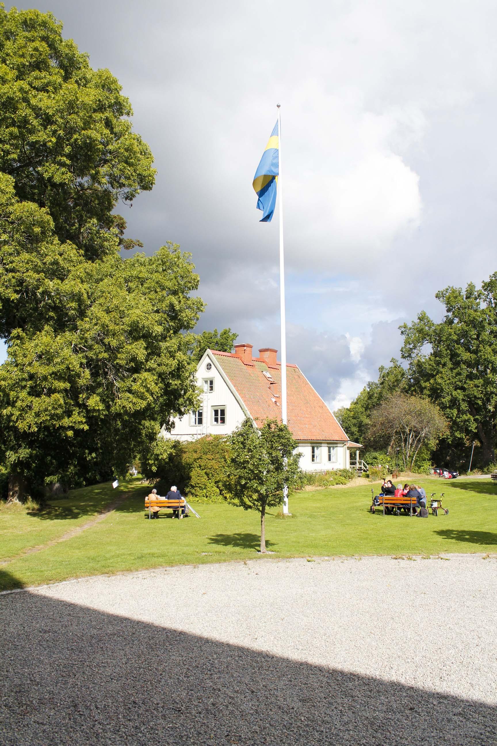 Dramatisk himmel bakom Gammelgård